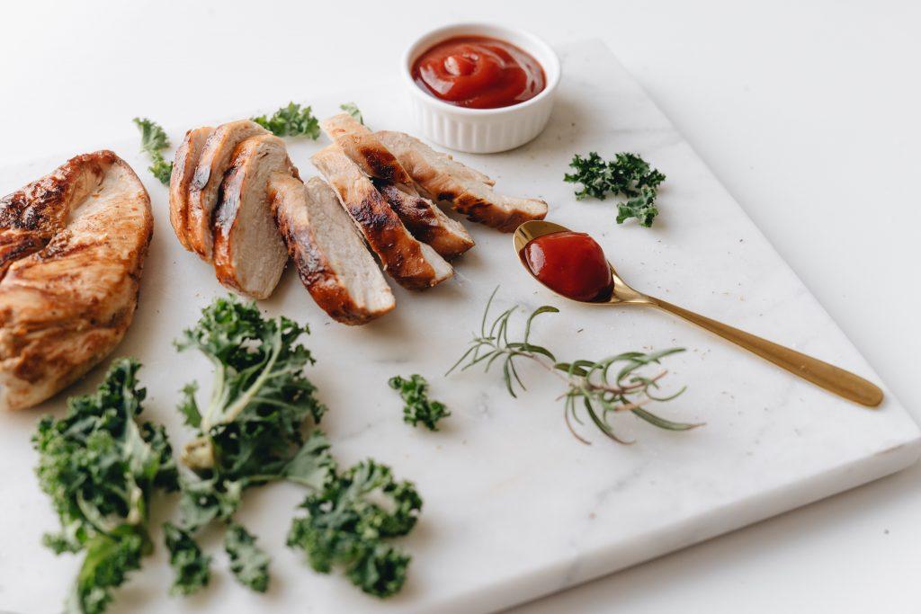 Простой рецепт ужина для тех, у кого дома есть только курица