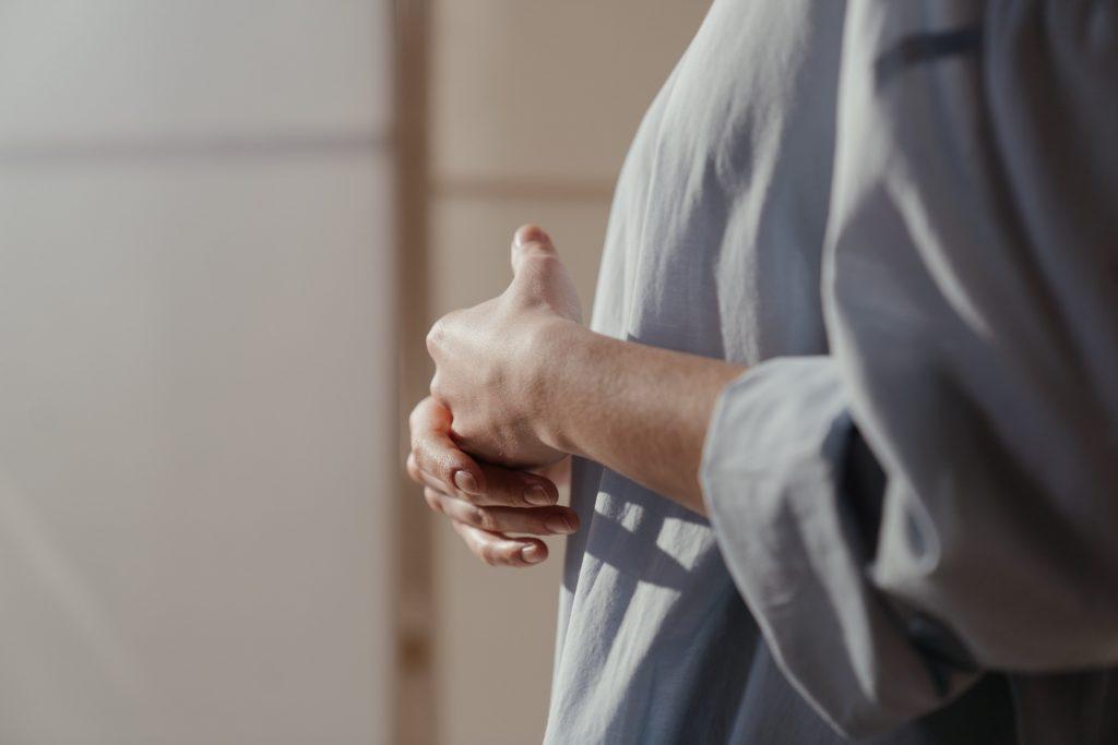 Если вы заметили следующее с руками, у вас может быть рассеянный склероз