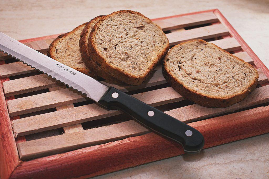 5 вещей, которые вы используете на кухне неправильно, включая нож