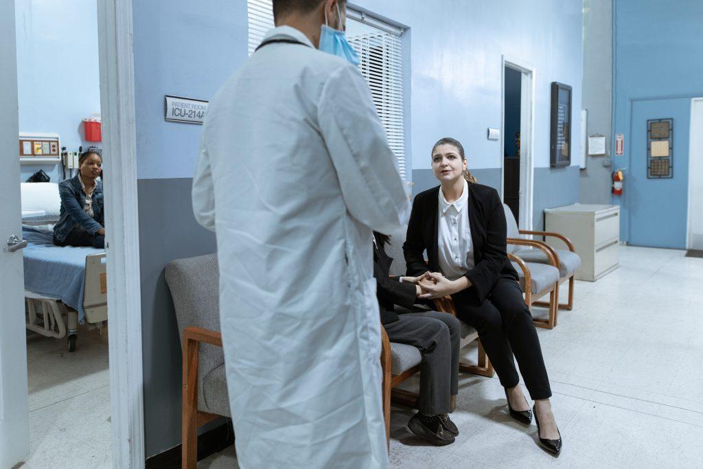 Небезобидная вещь, которую большинство забывают сделать перед визитом к врачу