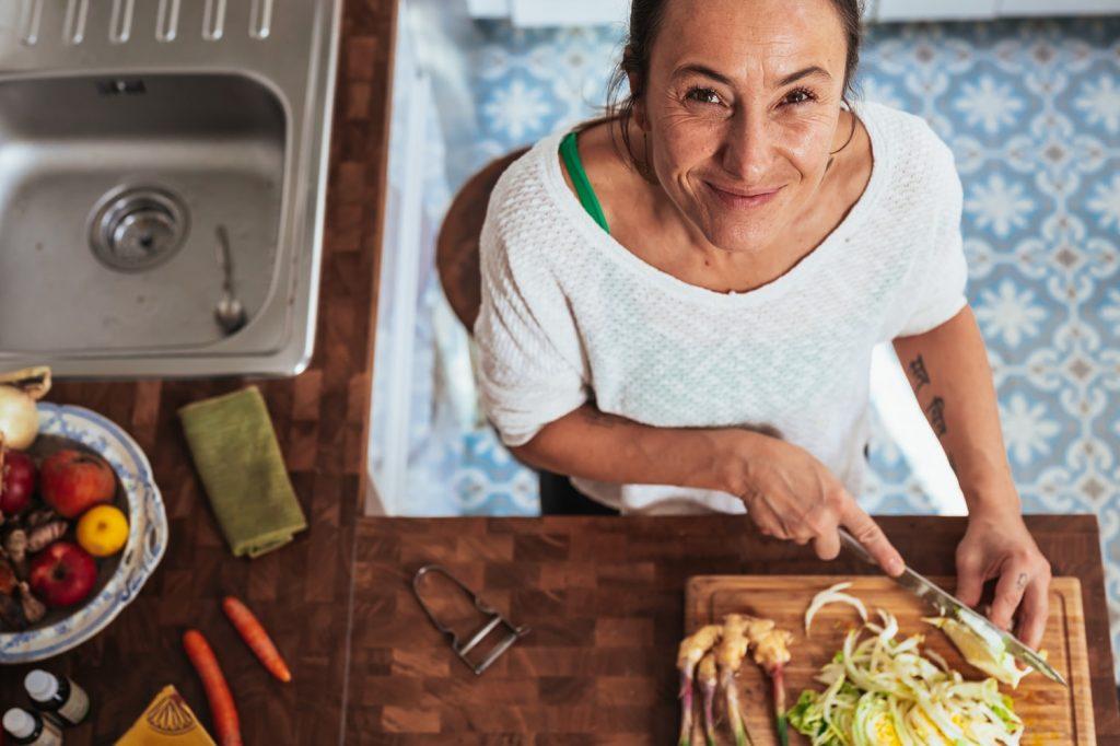Необычный симптом деменции, который возникает во время готовки