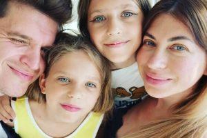 Анатолий Анатолич рассказал, как его дочери отреагировали на появление братика