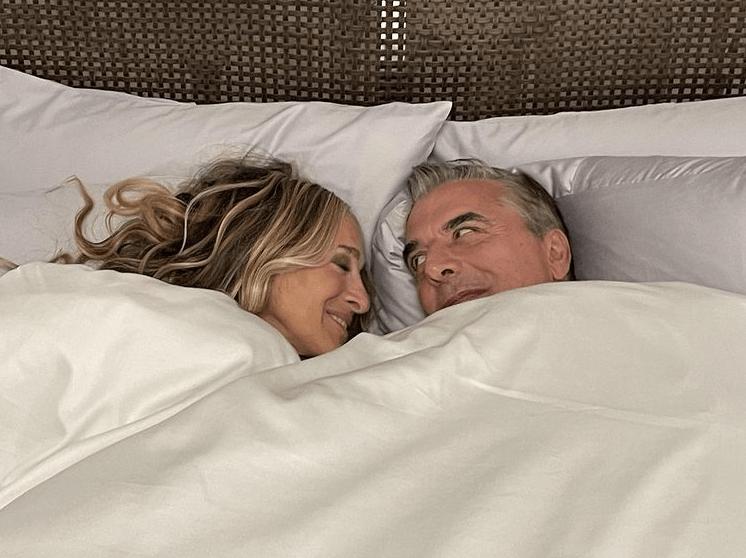 Снова в одной постели: Крис Нот опубликовал пикантное фото с Сарой Джессикой Паркер