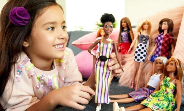 Кукла как самый удачный подарок ребенку