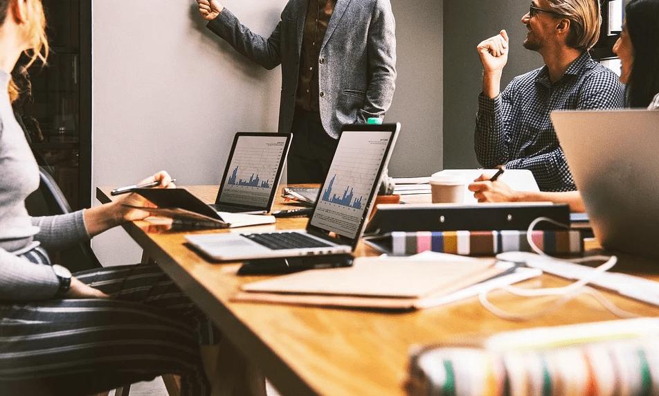 Как избежать гнева начальника: 3 черты, которые больше всего раздражают босса