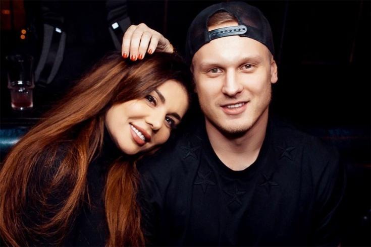 Анна Седокова развеяла слухи о расставании с мужем