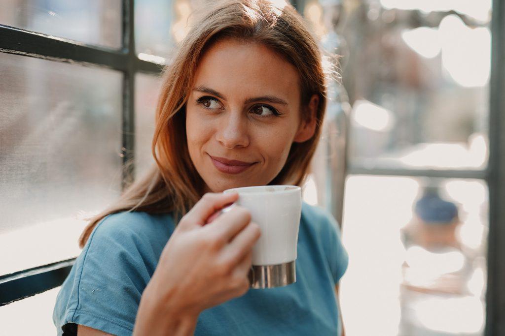 Кардиолог назвал напиток, который пьёт вместо кофе (ведь он полезнее)