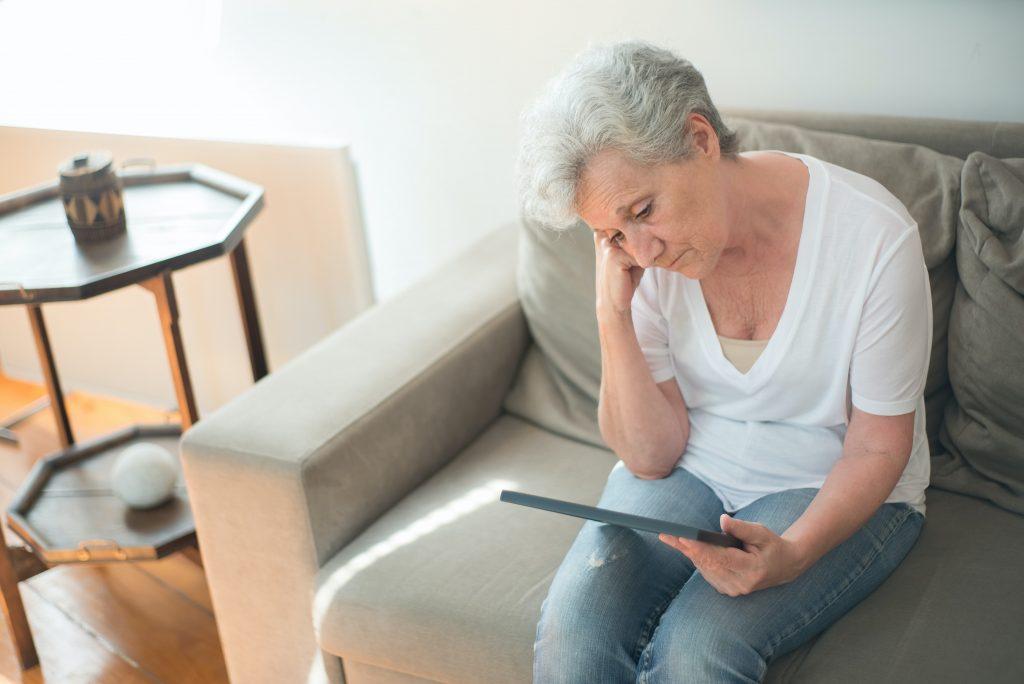 Первый признак деменции, который возникает за несколько лет до диагноза