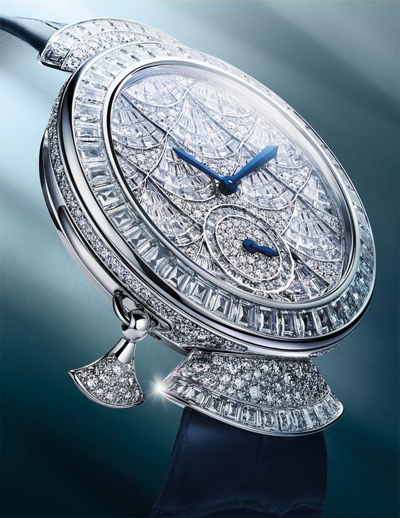 Это искусство: Bvlgari показывают часы полностью из драгоценных камней