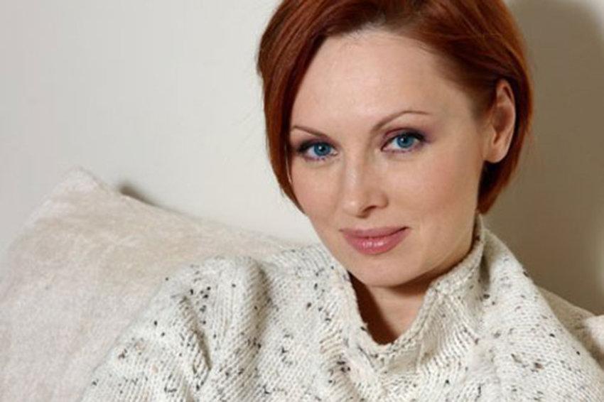 Постаревшая и обессиленная: Елена Ксенофонтова напугала своим внешним видом