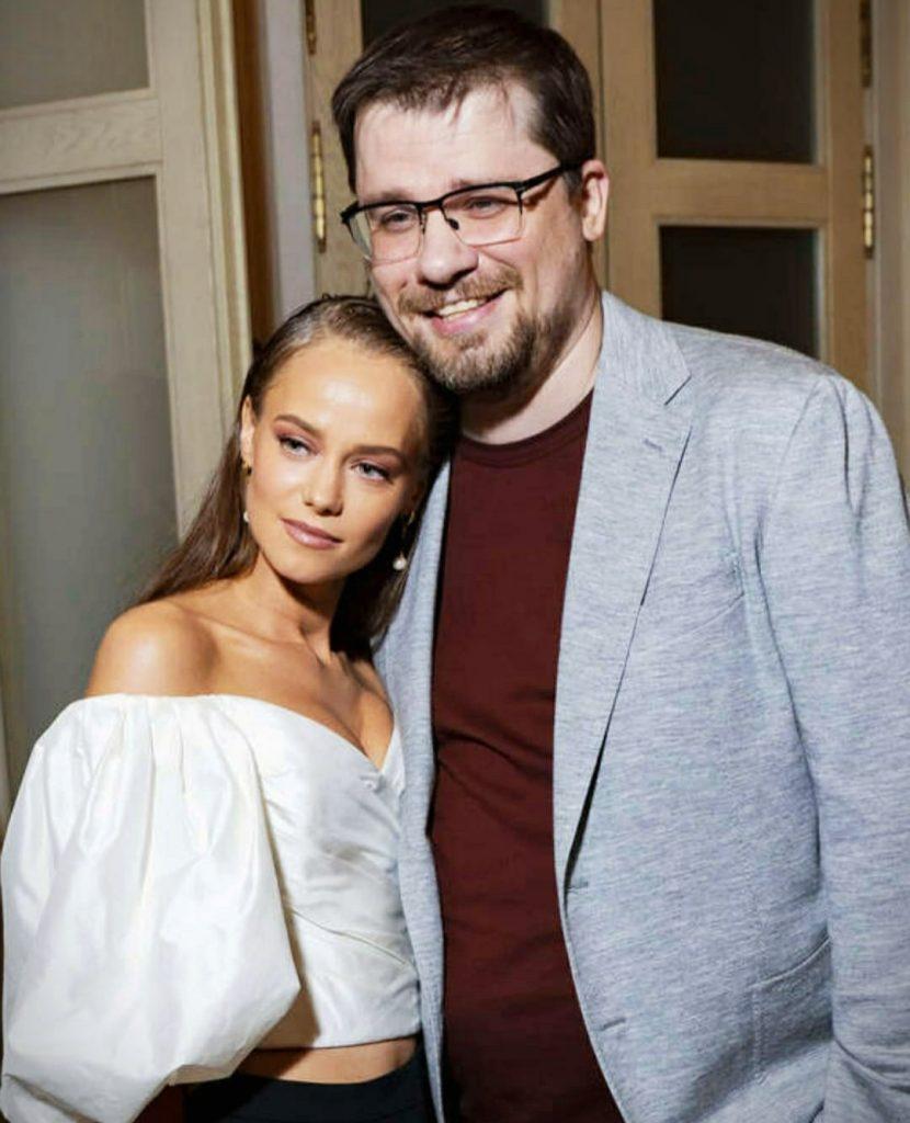 Гарик Харламов перестал скрывать отношения с молодой актрисой