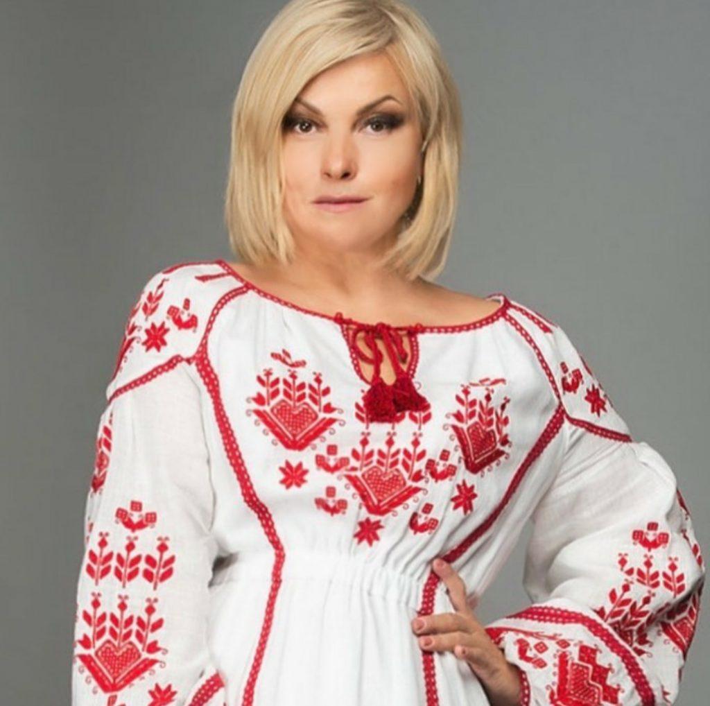 Популярная украинская певица стала портнихой