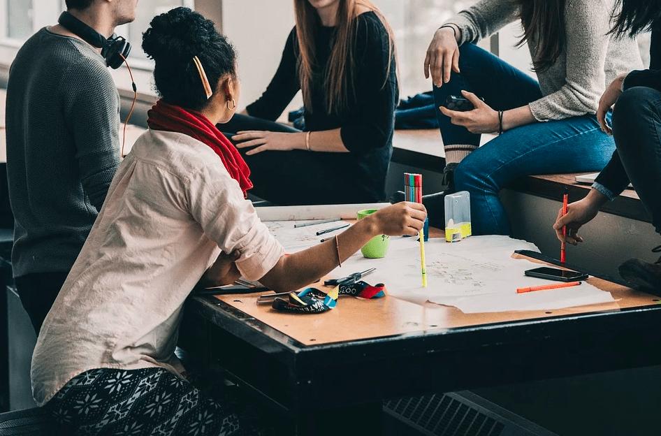 4 идеи мероприятий, которые помогут объединить коллектив на удаленке