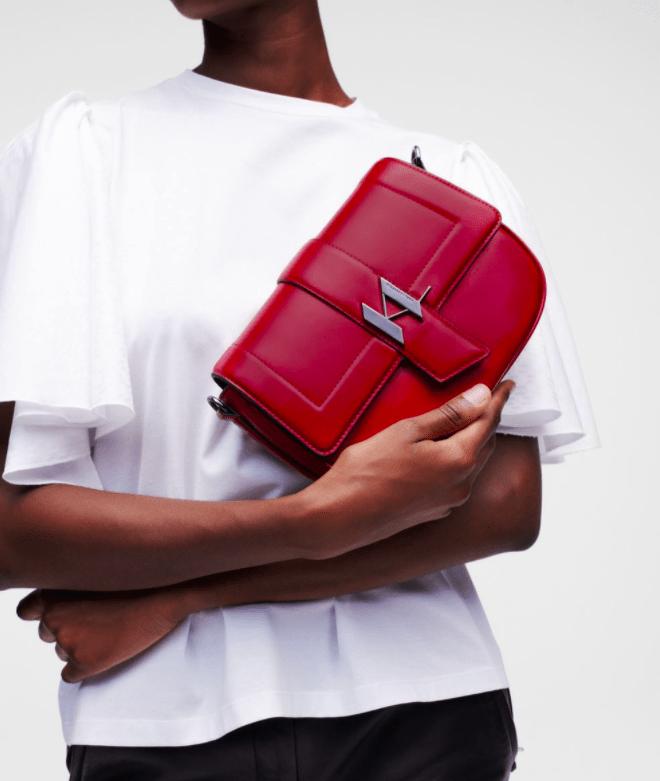 Аксессуары осени: KARL LAGERFELD выпустили новую коллекцию сумок