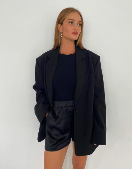3 стильных образа с брюками, в которых вы будете самой модной в офисе