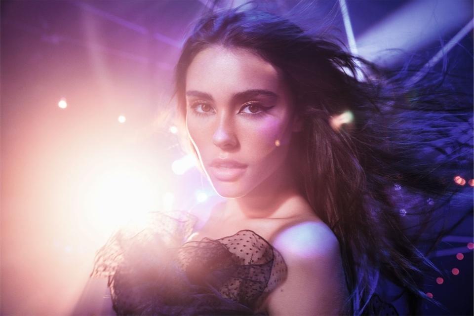 Певица Мэдисон Бир стала лицом нового аромата от Victoria's Secret
