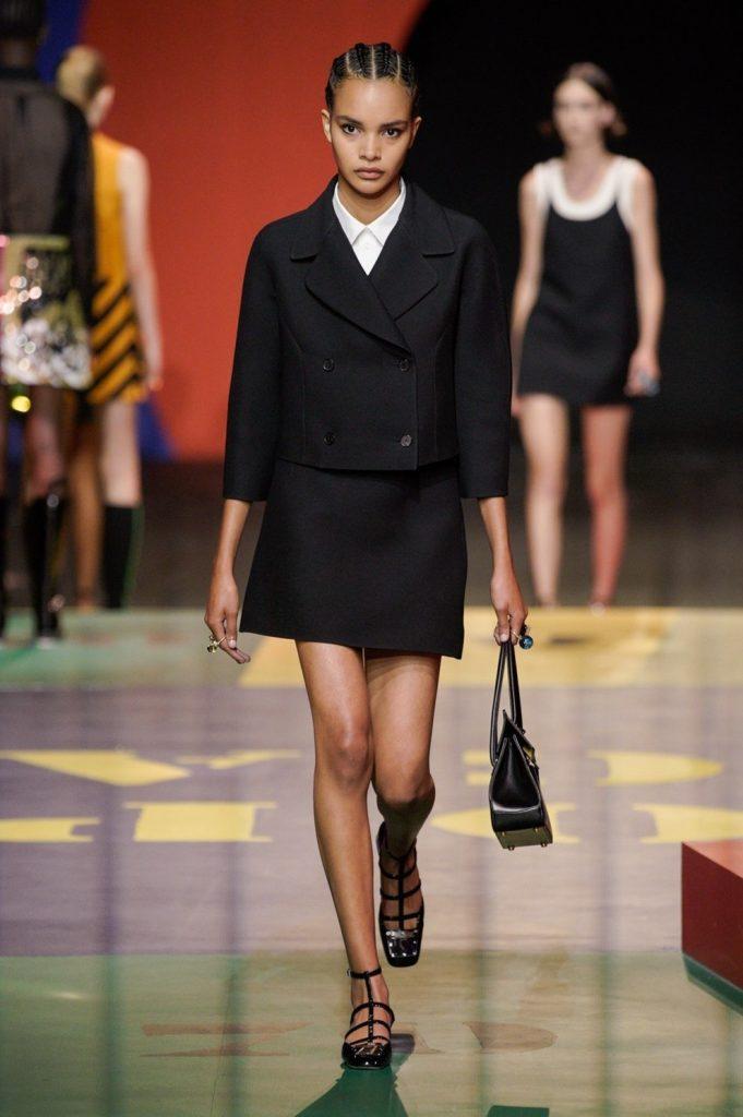 Привет, 60-е: что показали Dior на Неделе моды в Париже