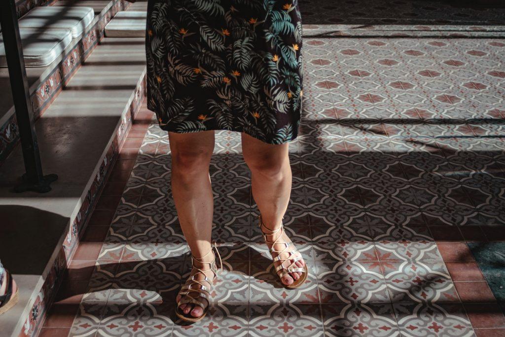 Ранний признак рассеянного склероза, который можно заметить во время ходьбы