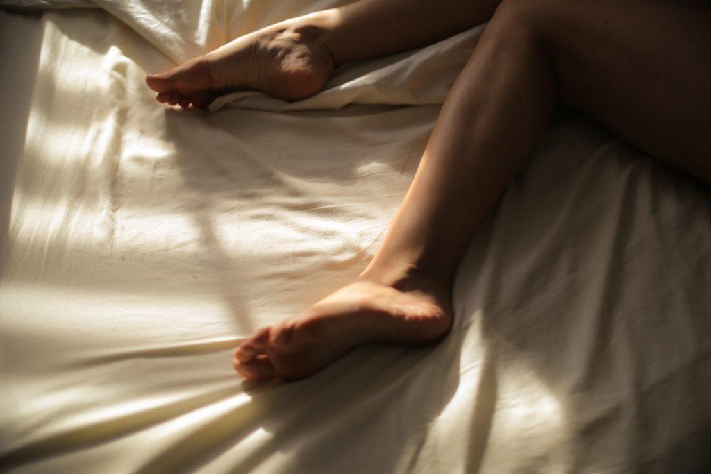Симптом на ногах, говорящий о проблеме с сердцем, на который не обращают внимания