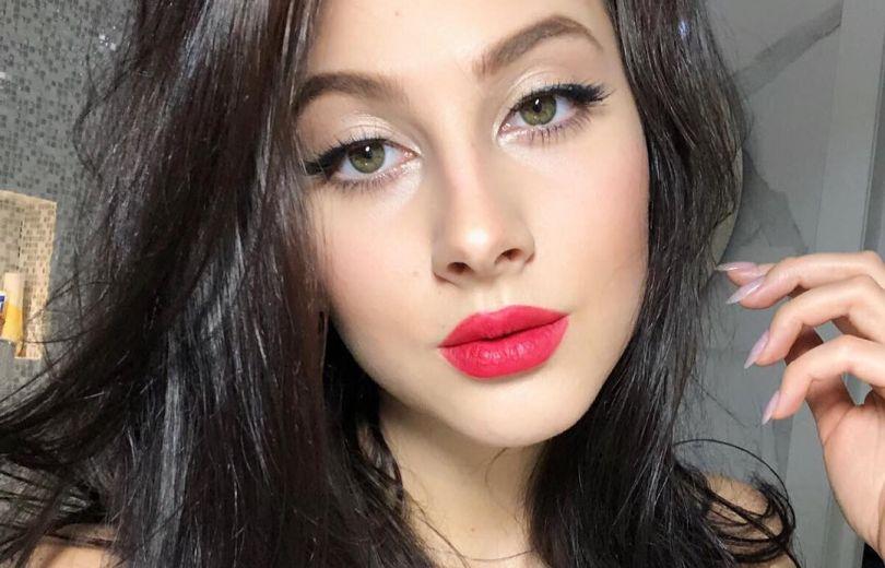 Мастер-класс от звезды: быстрый макияж от Анастасии Кожевниковой