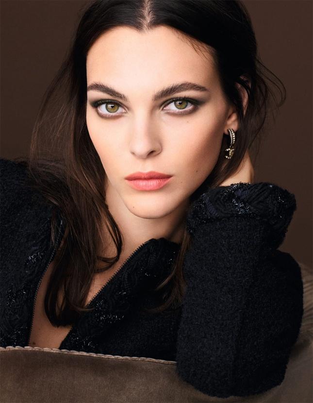 Золотая осень: Chanel показали новую коллекцию декоративной косметики