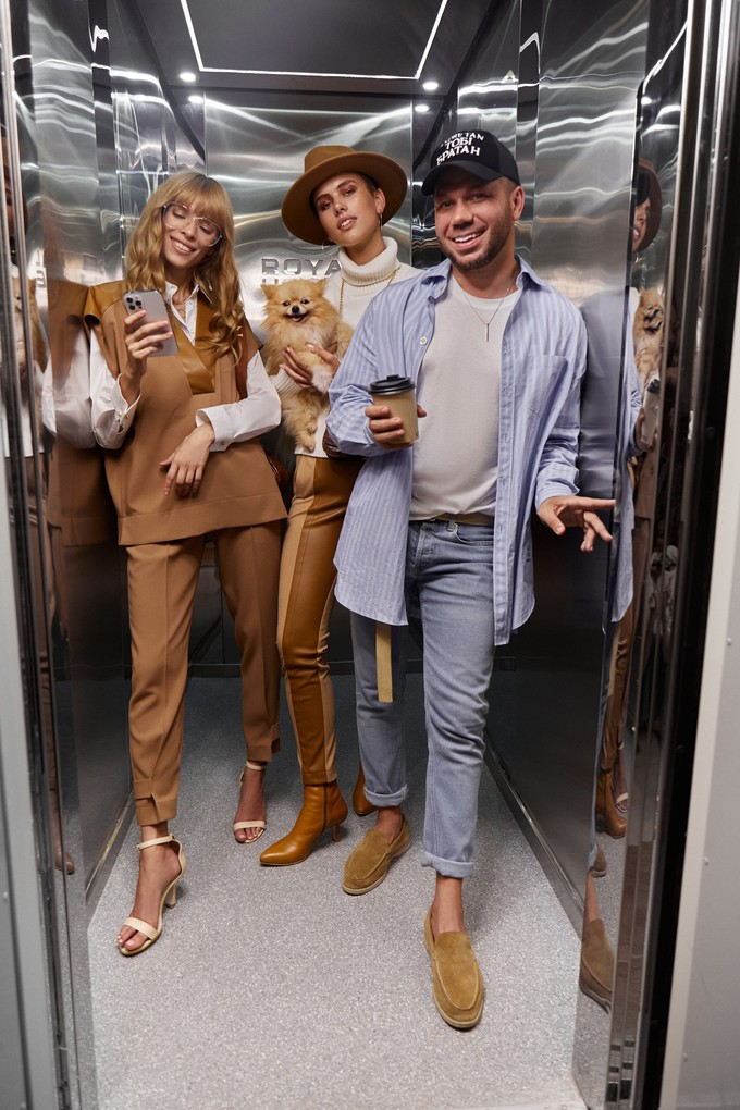 Для селфи в лифте: Андре Тан показывает женскую коллекцию