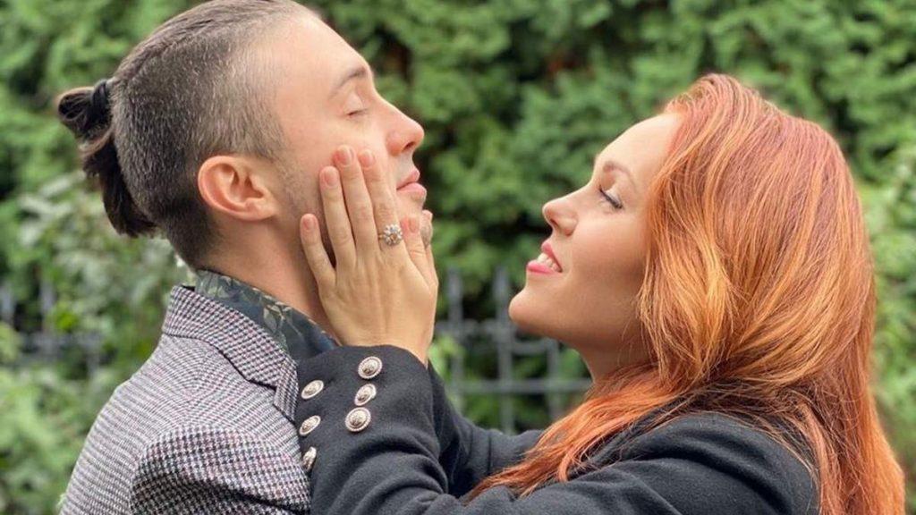 Тарас Тополя опубликовал романтическое фото с супругой