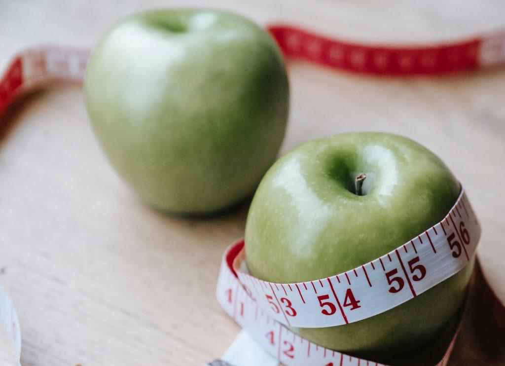 Неожиданное время суток, когда нельзя есть фрукты, особенно тем, кто хочет похудеть