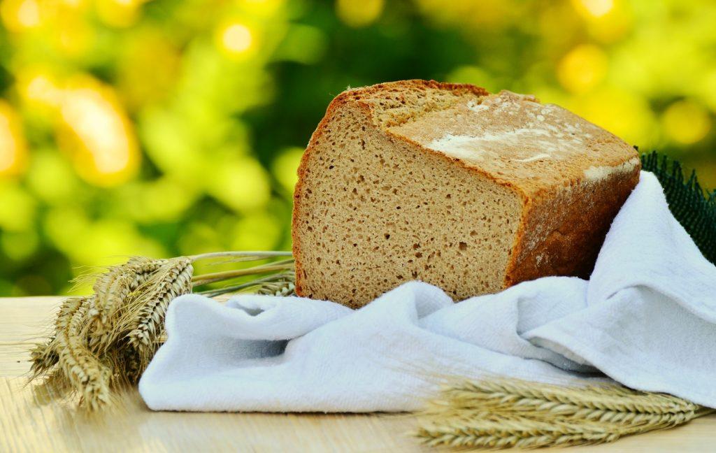 Единственный ингредиент, которого не должно быть в хлебе, который вы покупаете