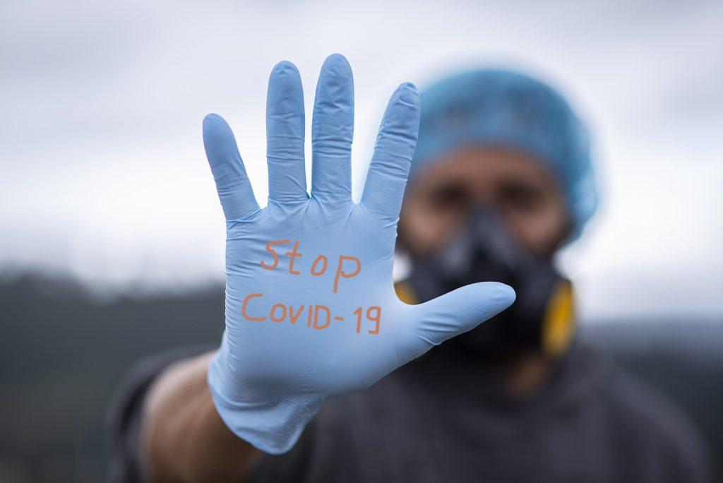 Генеральный директор Pfizer предсказал, когда, наконец, закончится пандемия