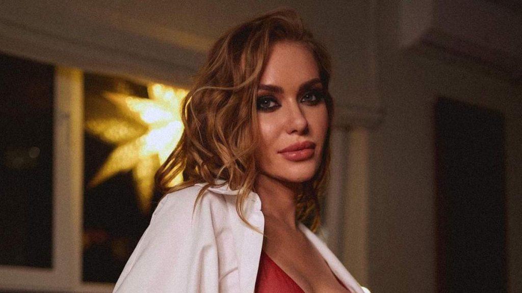 Известная украинская певица заразилась коронавирусом