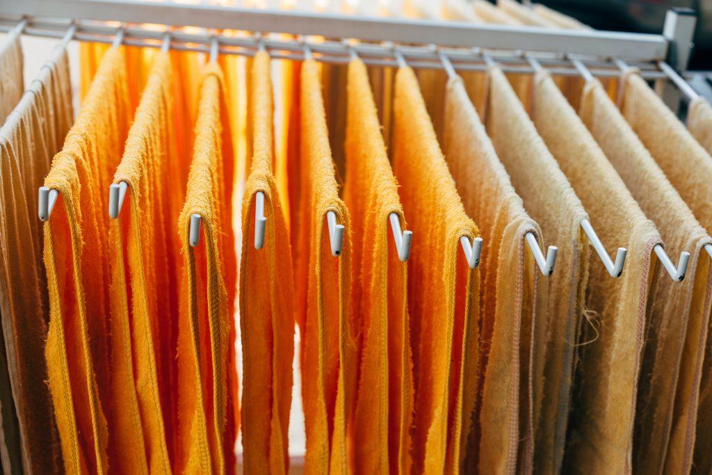 Микробиолог рассказал, как стирать полотенца, чтобы убить все фекальные бактерии