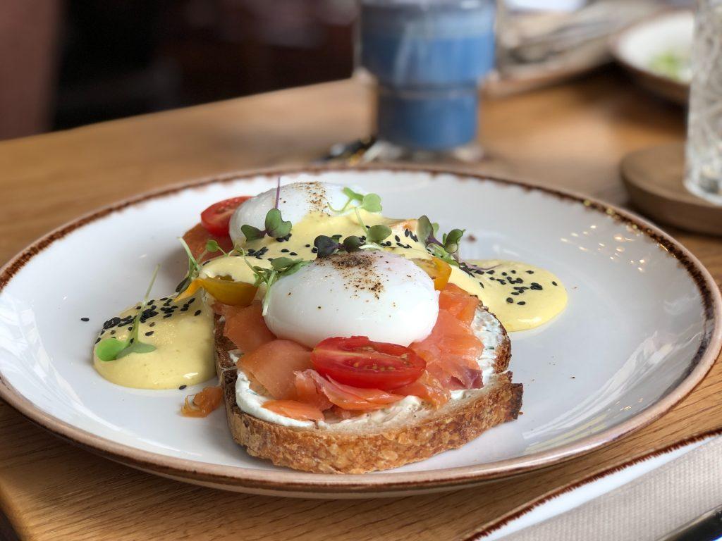 Что есть на завтрак, чтобы мозг в любом возрасте был здоровым: мнение эксперта