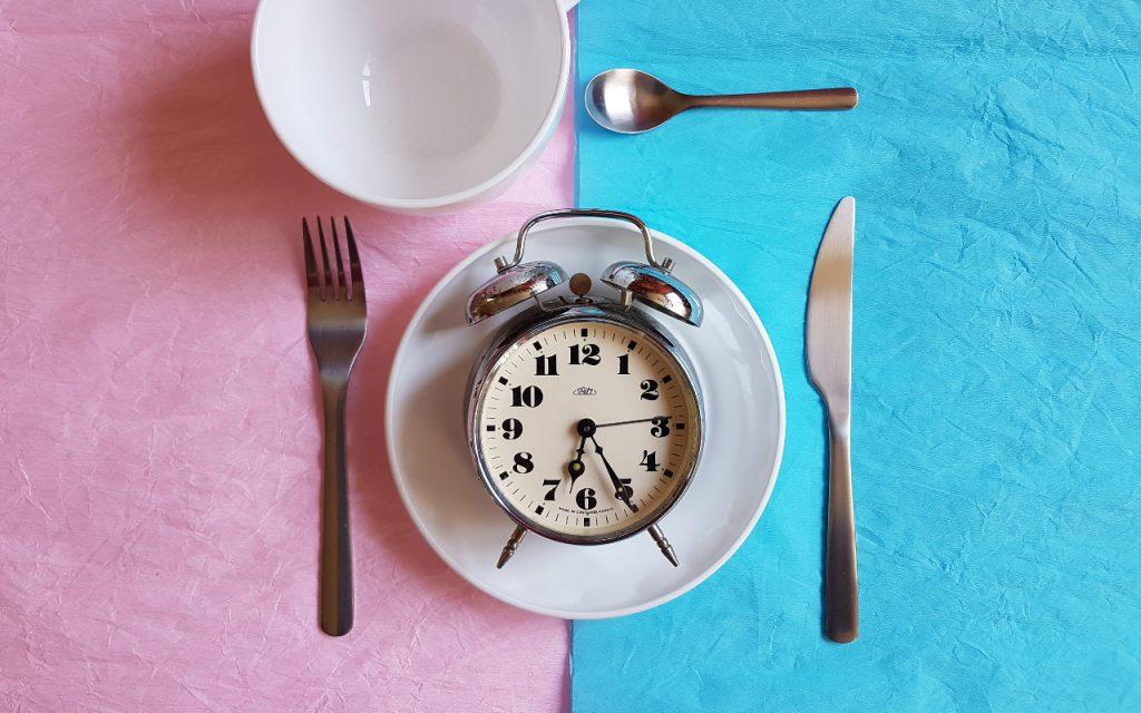 Почему интервальное голодание вам не помогает: 6 возможных причин